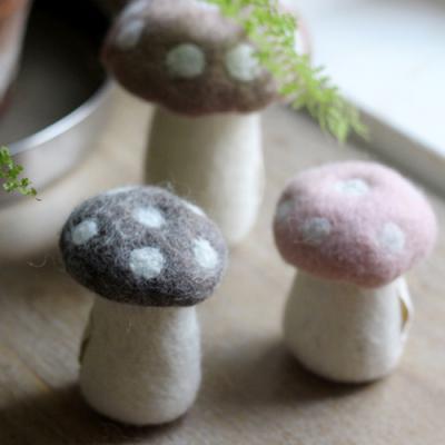 스킨핑크 버섯 장식
