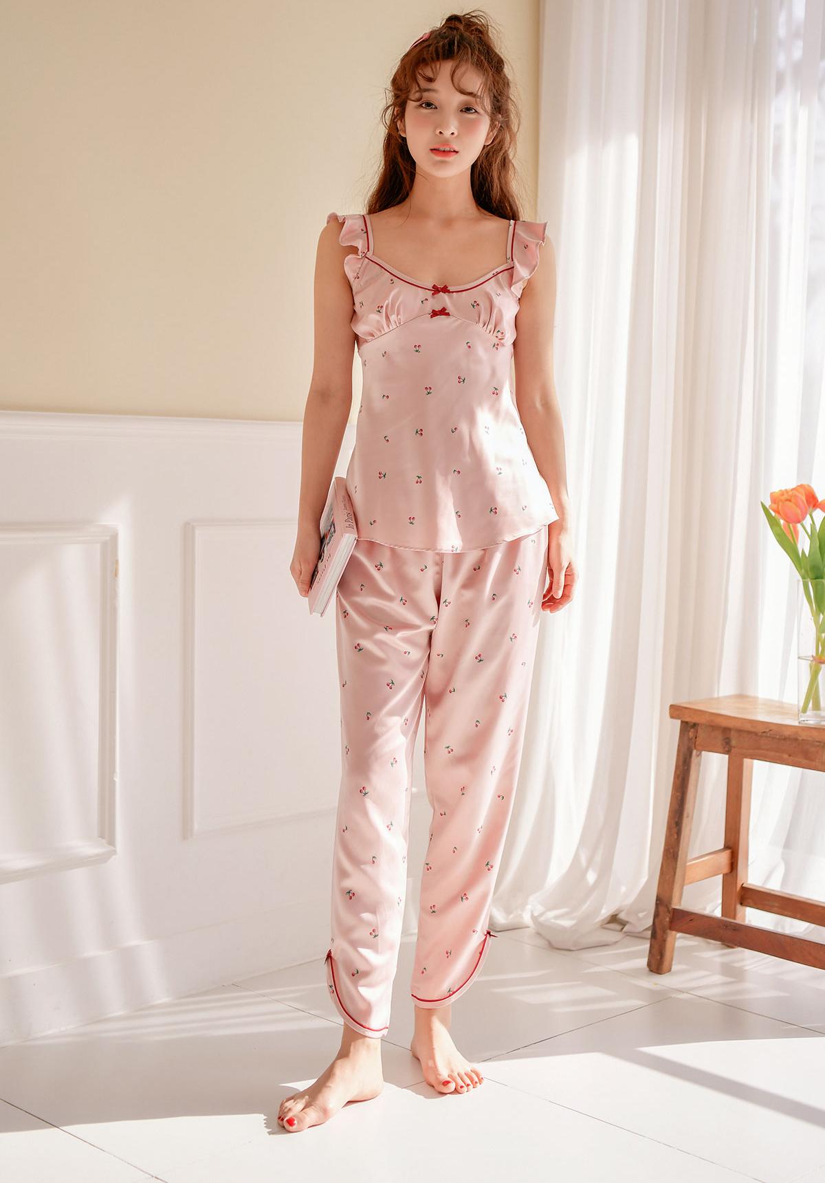 베리 슬립 여자실크잠옷 - 바이메이비, 62,000원, 잠옷, 여성파자마