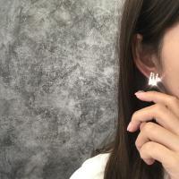 지그재그 큐빅 귀걸이