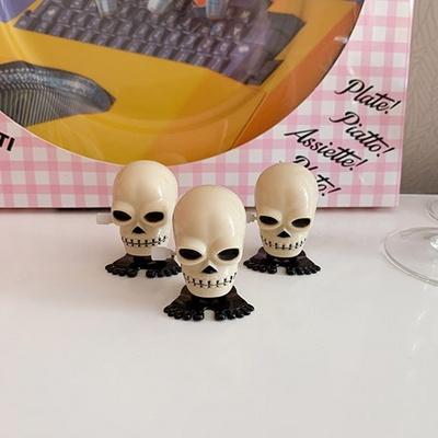 Skull Wind up Toy 해골태엽토이