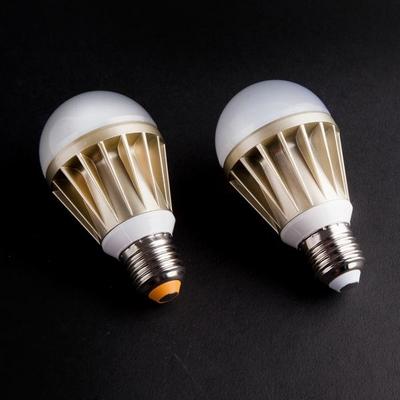 포커스 A60 LED 8.5W 벌브 램프