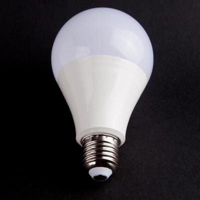 포커스 PC LED 15W 벌브 램프