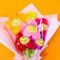 식상한 꽃다발 대신 세상 예쁜 인형다발 :)