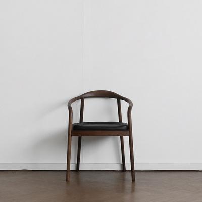 [헤리티지월넛] S형 의자 딥브라운