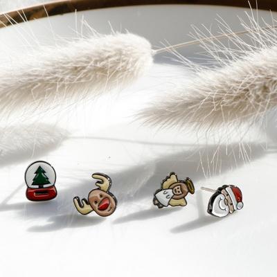 산타와 크리스마스 캐릭터 은침 귀걸이 2