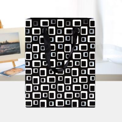 큐브 디자인 쇼핑백/선물포장 기프트백 종이가방