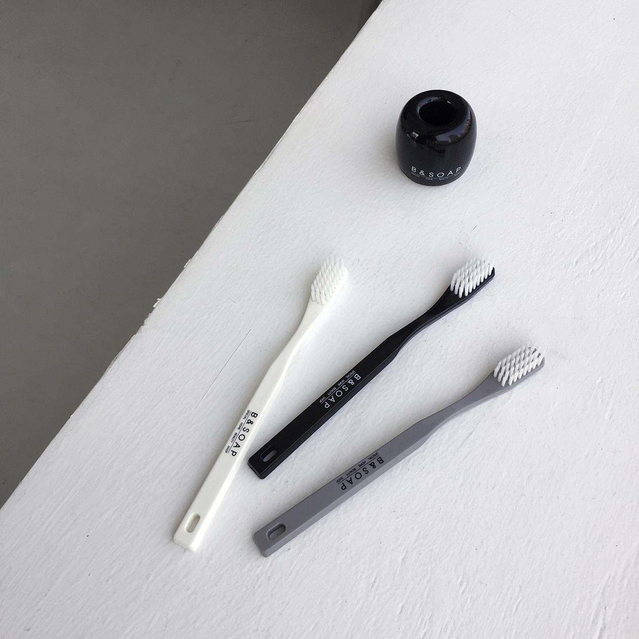 썸띵 스페셜 칫솔(black)4,000원-비앤솝리빙/가전, 욕실, 양치, 칫솔/치실바보사랑썸띵 스페셜 칫솔(black)4,000원-비앤솝리빙/가전, 욕실, 양치, 칫솔/치실바보사랑