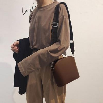 여자 소풍 심플 반달형 지퍼 숄더백 크로스백