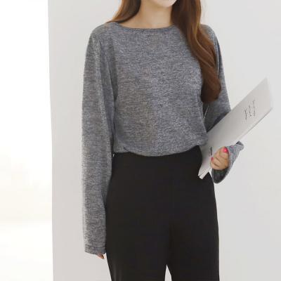 여성 모노톤 롱슬리브 루즈핏 니트 티셔츠