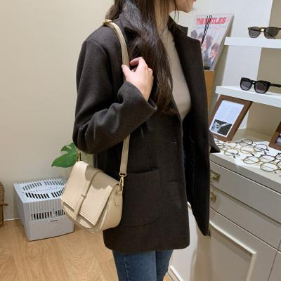 여성 20대 30대 베이직 겨울 울소재 마이 아우터 자켓