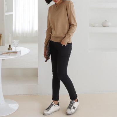 [1+1] 여성 심플 부드러운 브이넥 얇은 니트 티셔츠