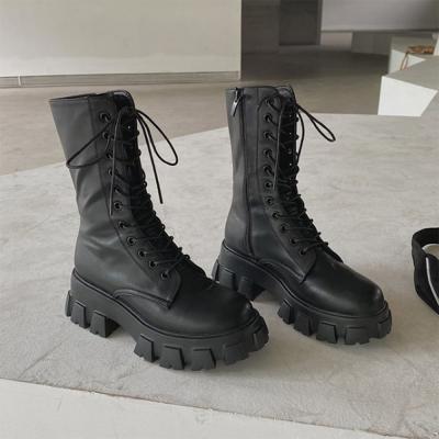 여자 레이스업 통쿱 미들 데일리 둥근코 신발 워커