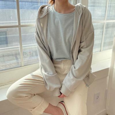 [1+1] 여자 나들이 줄무늬 단가라 U넥 티셔츠