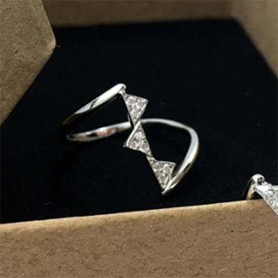 여자 삼각형 큐빅 실버 데일리 심플 페미닌 반지