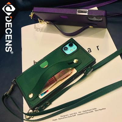 데켄스 아이폰XR케이스 베리어스 스트랩 포켓 케이스 M766