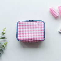 MULTI POUCH DAILY - cherry check