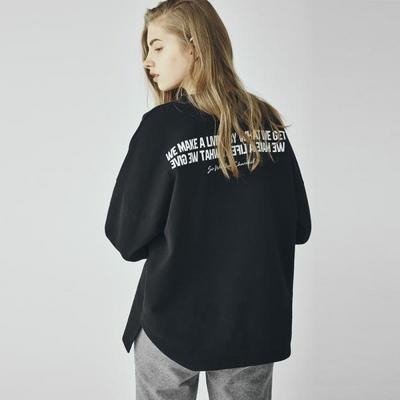 W_아카릿 3357 유니 맨투맨 오버핏 블랙 스웨트셔츠