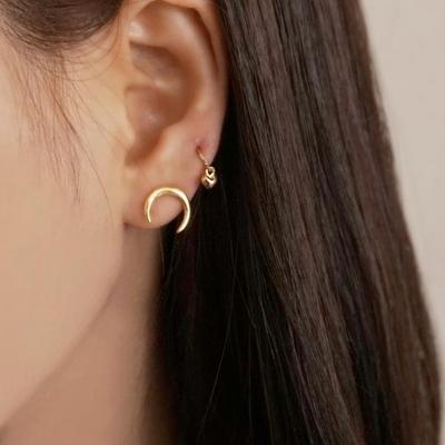 18K GOLD PLATING 미니멀라이즈 서브 귀걸이 실버 925