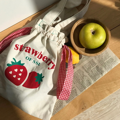 straberry pouch x bag