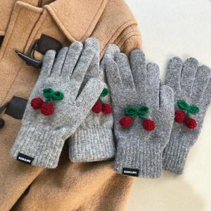 winter cherry gloves