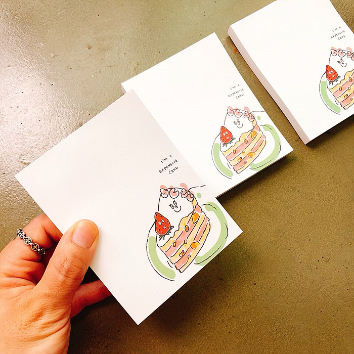 마닐마닐 딸기케이크 비접착 떡메모지 - 마닐마닐, 2,500원, 메모/점착메모, 메모지