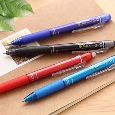 4가지색 지워지는 볼펜 0.5mm