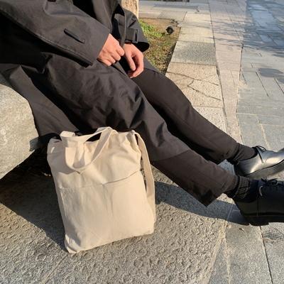 남자 에코백 무지 포켓 어깨끈 숄더백 beige echo