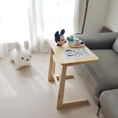 쇼파 거실 원목사이드테이블 노트북테이블 간식테이블