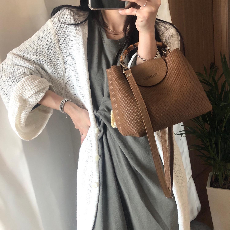 아르볼백 여성 토트백 라탄백 우드핸들 - 웨어러블J, 45,000원, 토트백, 인조가죽토트백