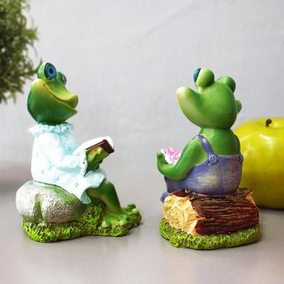 DS-867독서하는 개구리 인형 2P세트 인테리어 카페 장식 소품