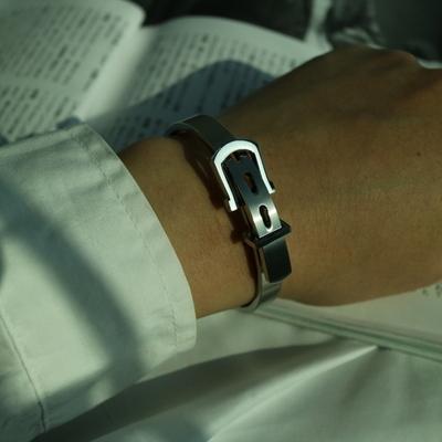 남자 팔찌 벨트 뱅글 학생 belt silver bracelet
